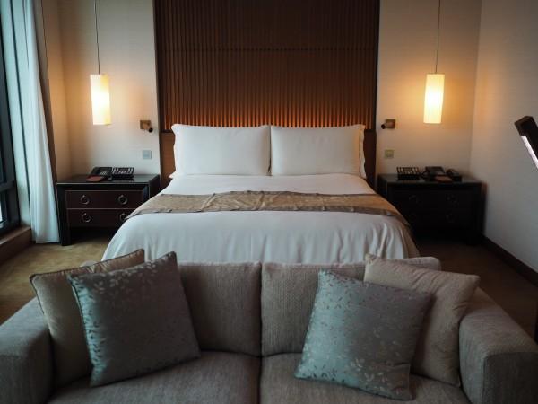 Peninsula bedroom
